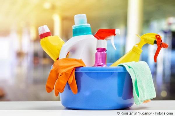 Reinigungsmittel - sie sollten die Vollbiologische Kläranlage nicht belasten.