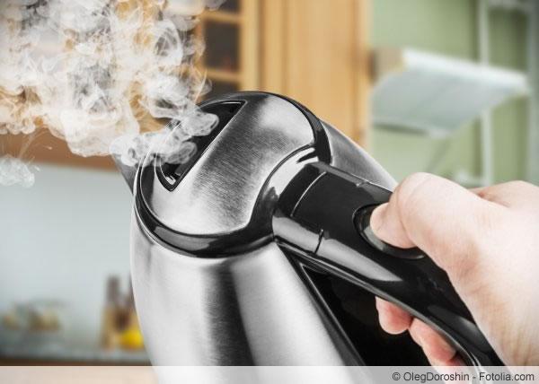 Wasserkocher entkalken  diese Hausmittel helfen  Talude ~ Wasserkocher Entkalken Zitronensäure