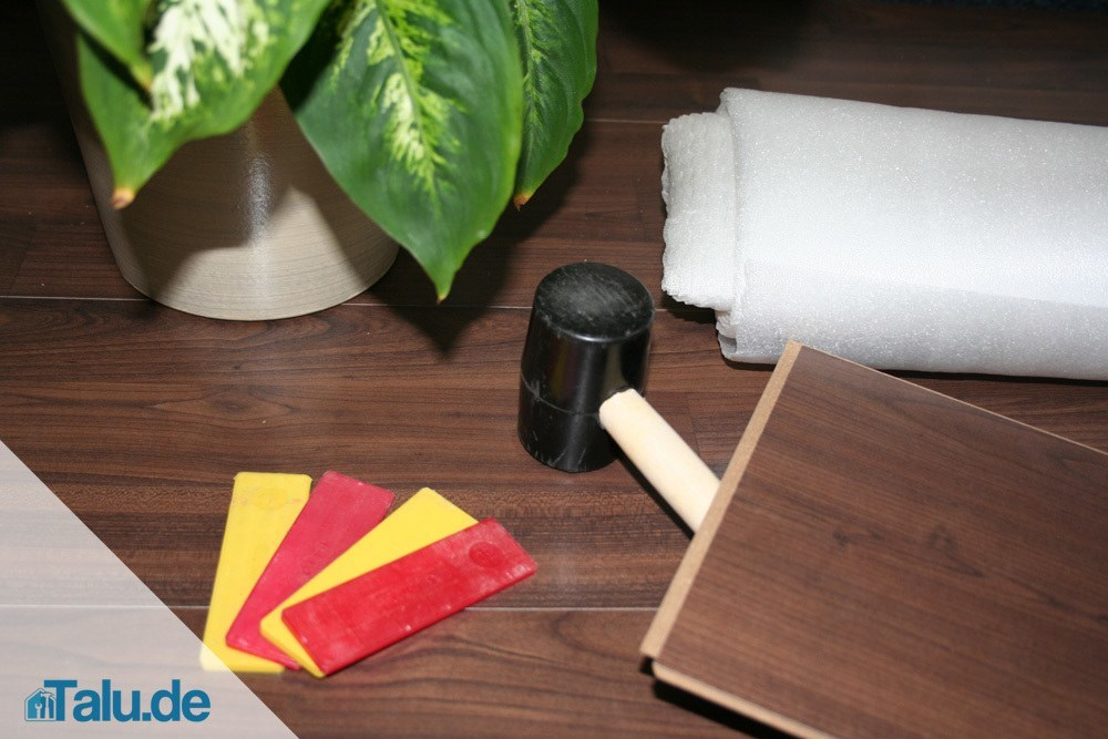 klick laminat selbst verlegen in 7 schritten. Black Bedroom Furniture Sets. Home Design Ideas