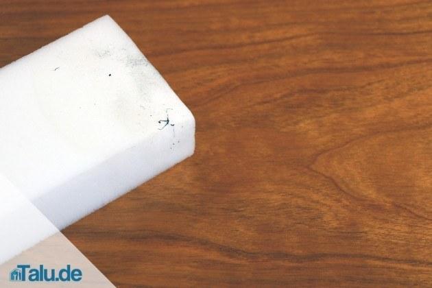 parkett ausbessern kratzer und dellen entfernen. Black Bedroom Furniture Sets. Home Design Ideas