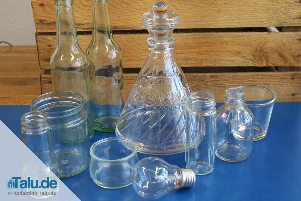 Verschiedene Glasbehälter
