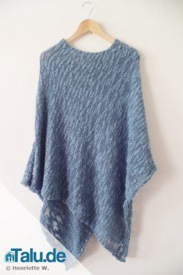 Selbst gestrickter Poncho