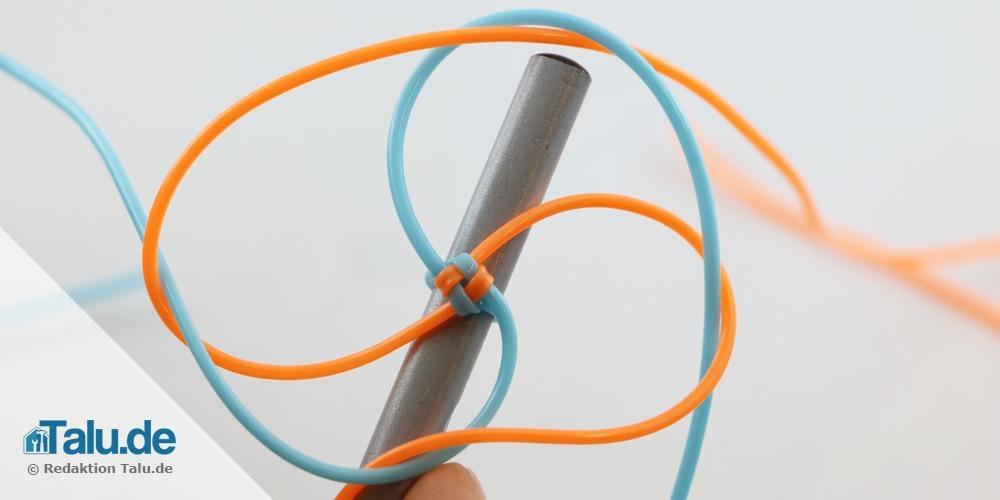 Scoubidou flechten - der runde Knoten