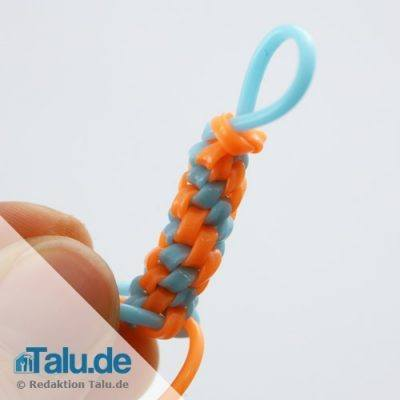 Scoubidou-Muster mit dem runden Knoten
