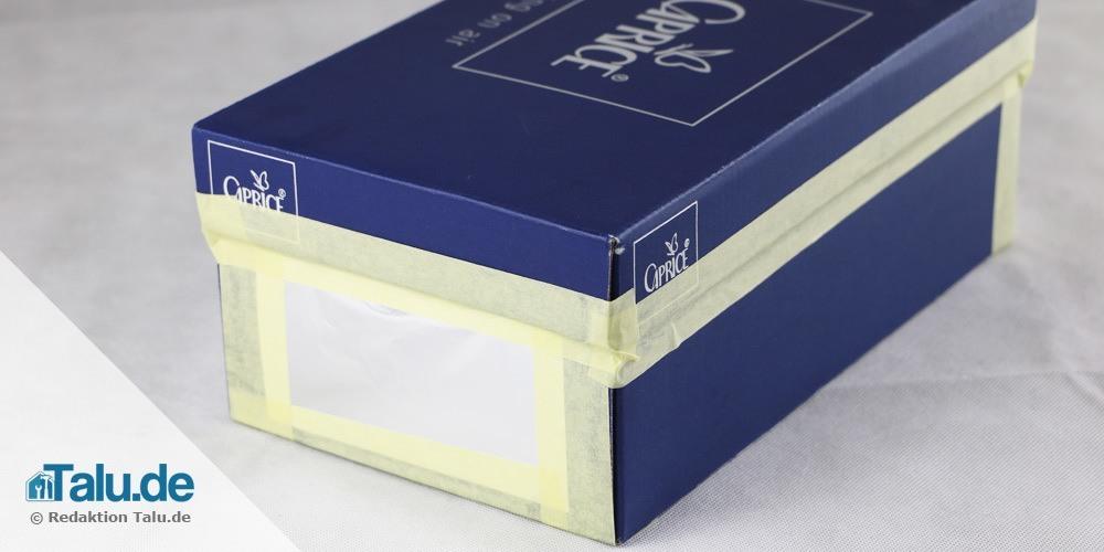 lochkamera-bauen-schuhkarton-zukleben