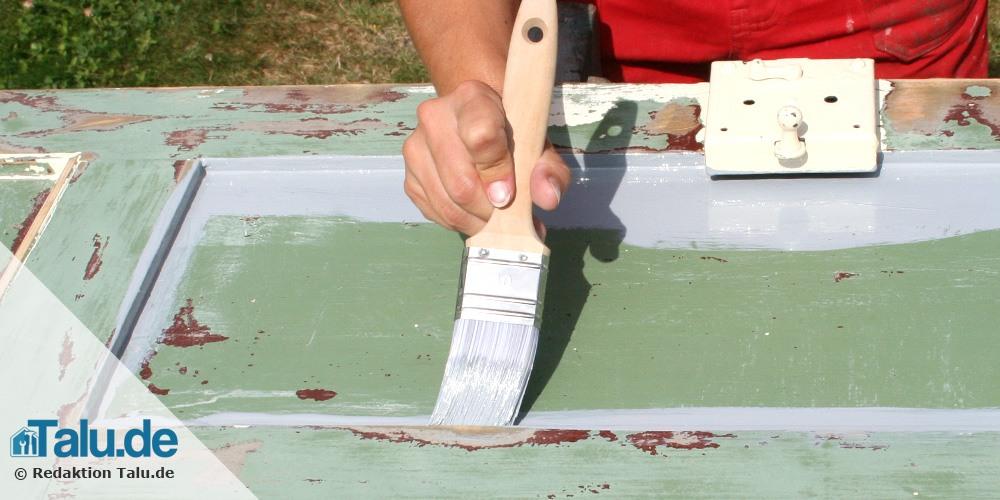 Holztür lackieren