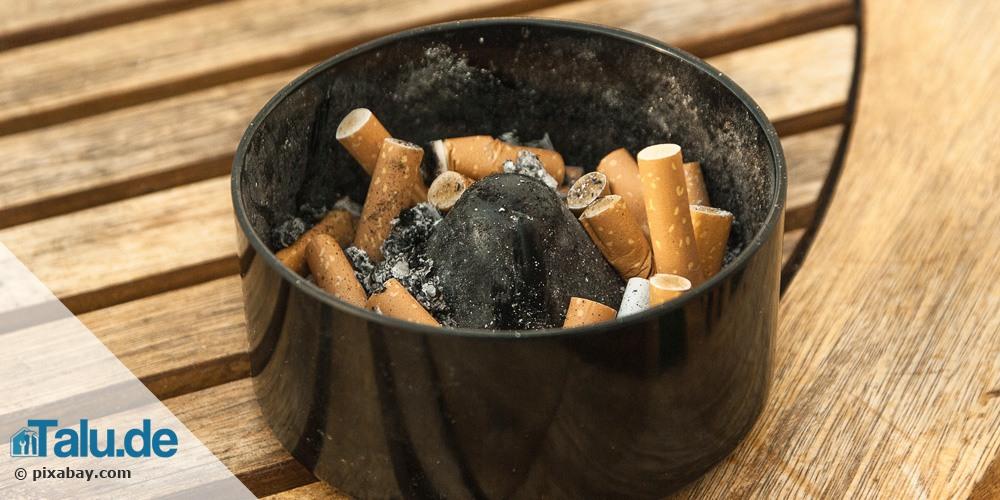rauchgeruch zigarettengeruch aus der wohnung entfernen. Black Bedroom Furniture Sets. Home Design Ideas