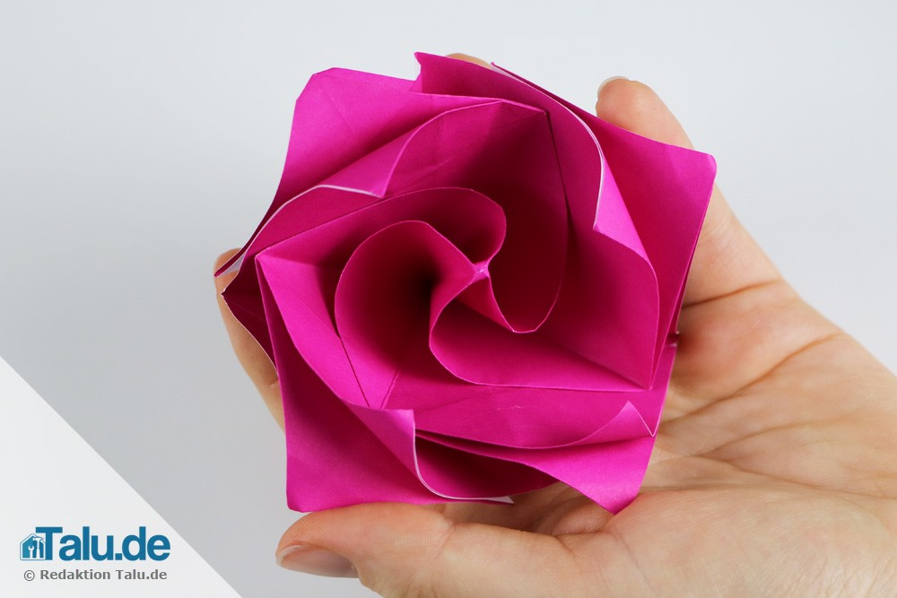 Easy BIG Paper flower. Circles in origami style! Origami flower ... | 667x1000