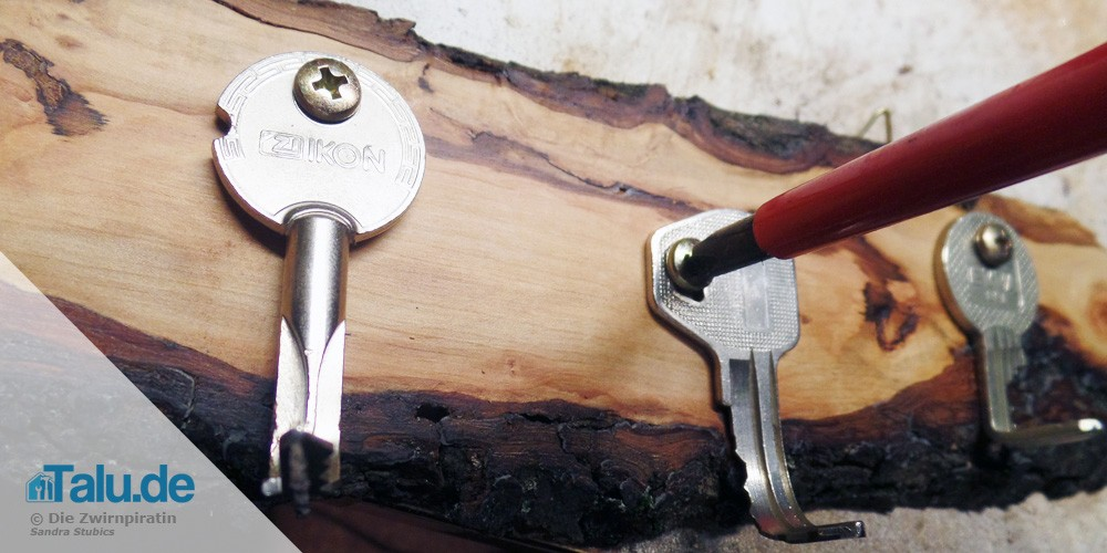 Schlüssel als Haken anschrauben