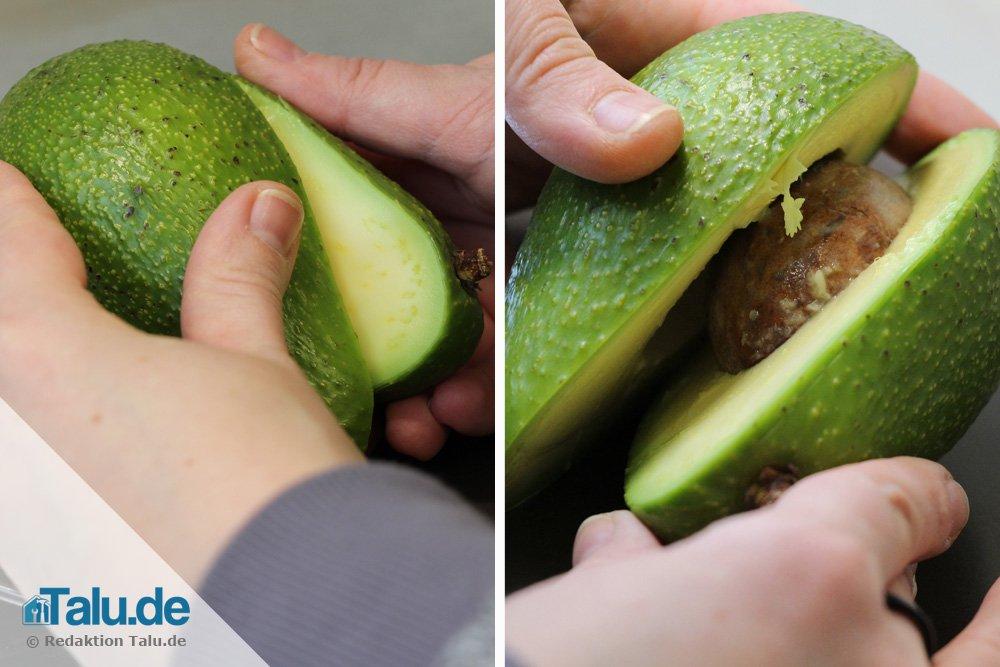 Avocado in zwei Hälften teilen