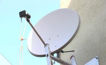 Satellitenschüssel ausrichten