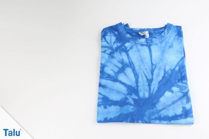 T-Shirt zusammenlegen