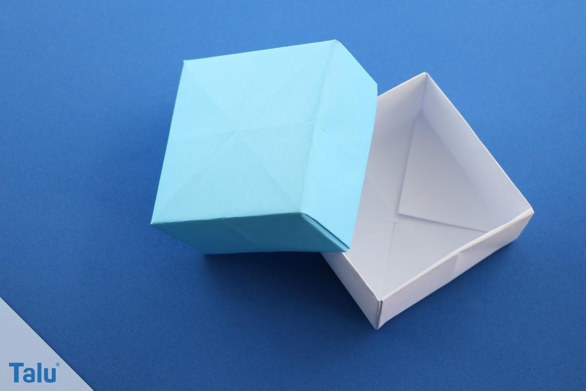 Adventskalender mit Papierschachteln