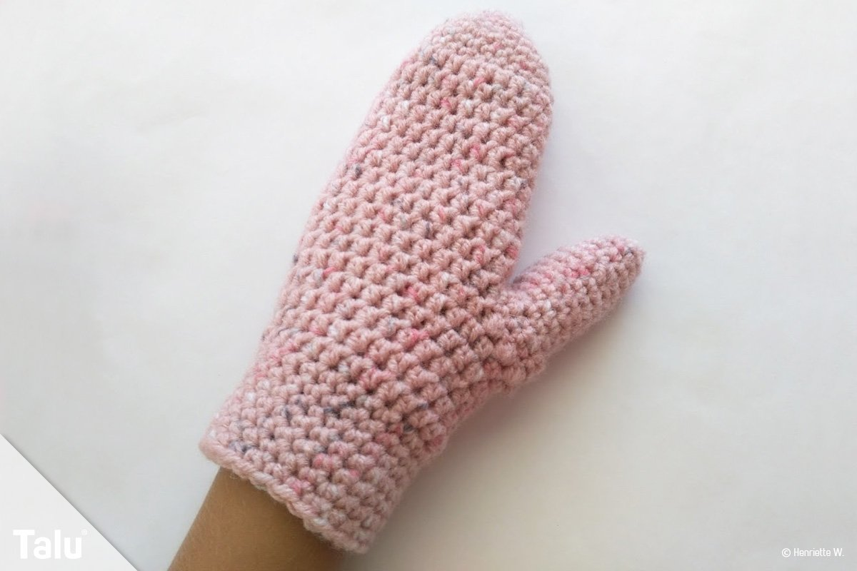 Handschuhe häkeln - Kostenlose Anleitung für warme Fäustlinge - Talu.de