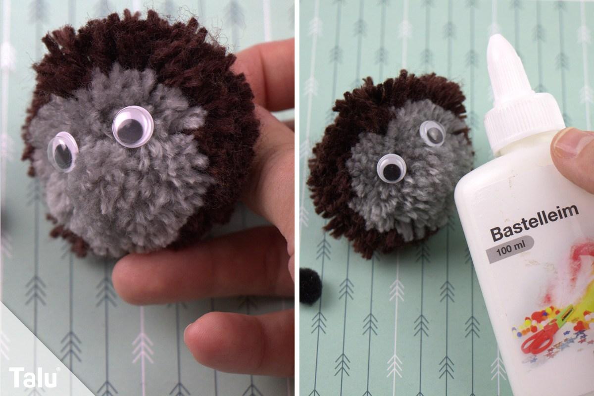 Pompom-Igel mit Augen und Nase verzieren
