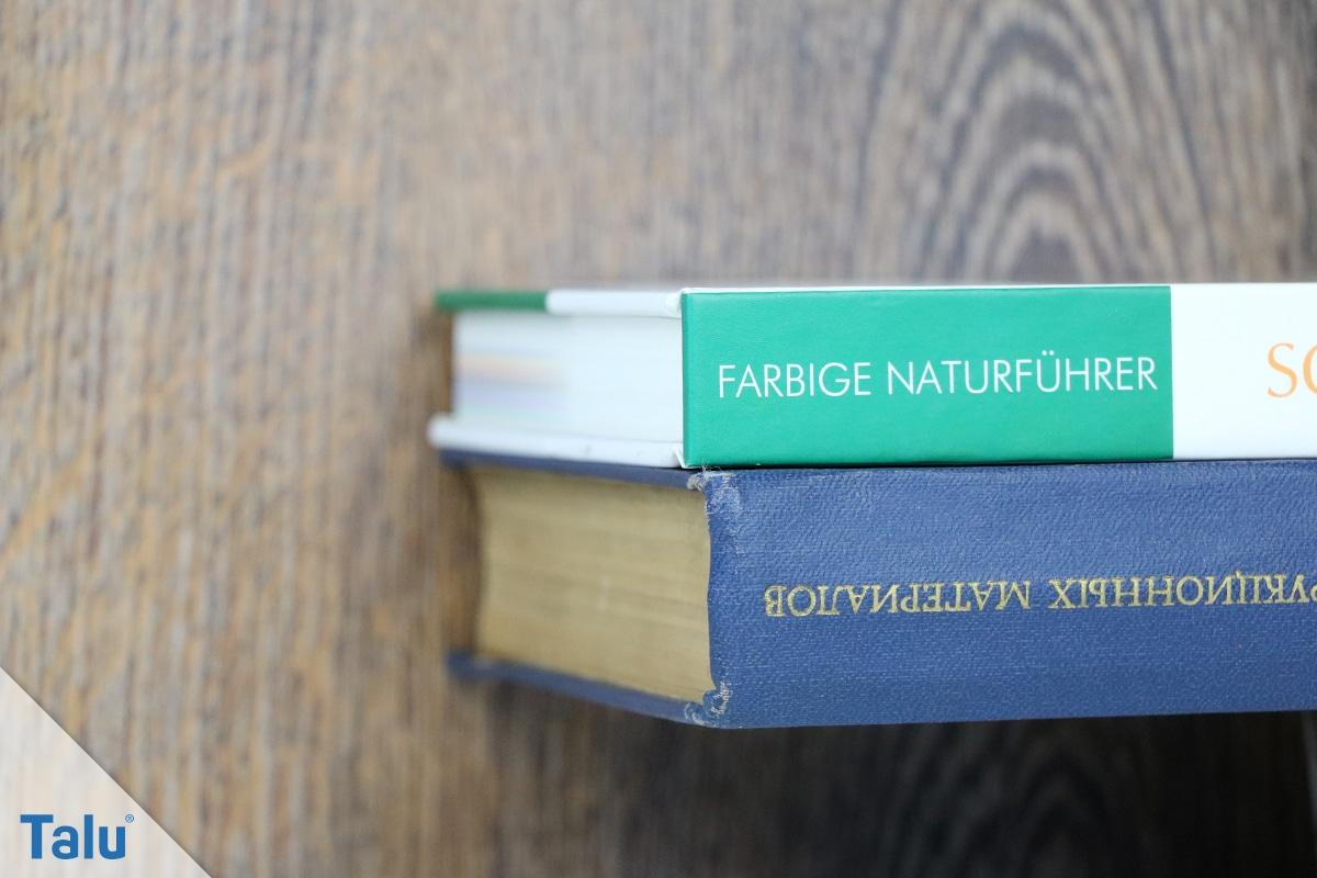 Schwebendes Bücherregal selber bauen, Anleitung, mit der Wand verschraubtes Bücherregal