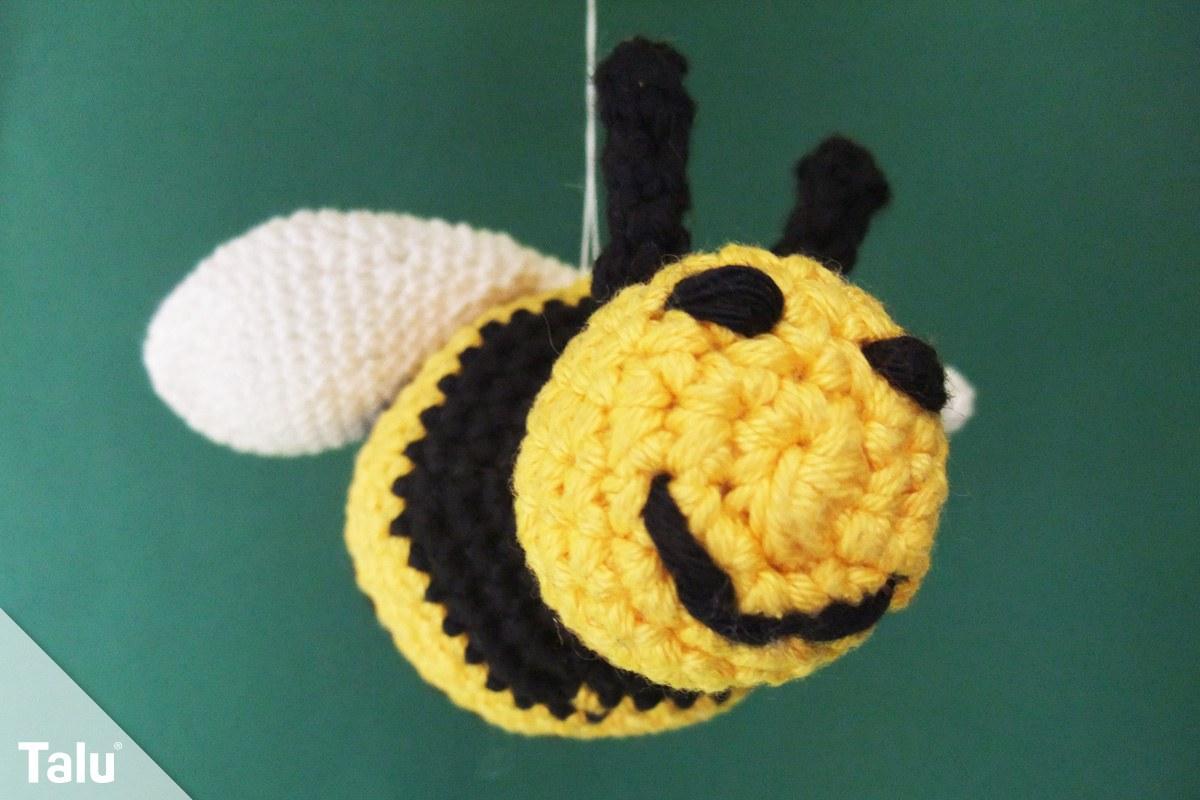Biene häkeln - Kostenlose Anleitung für eine Amigurumi Biene - Talu.de