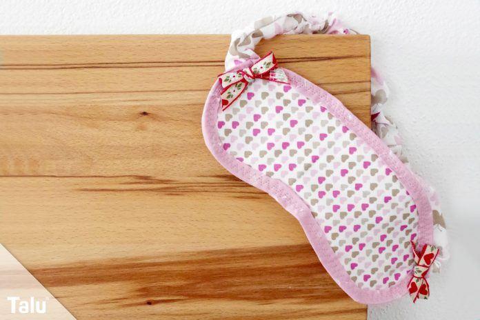 Schlafmaske nähen - Anleitung und Schnittmuster für die Schlafbrille ...