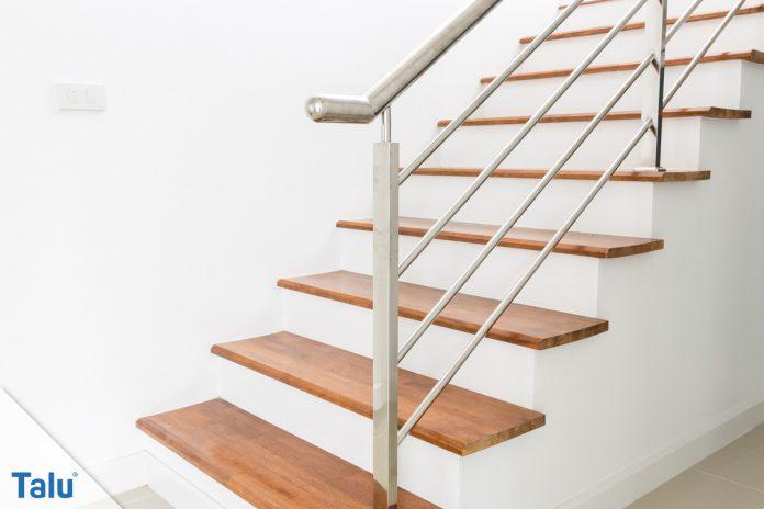 treppe abschleifen anleitung mit tipps zu werkzeug und kosten. Black Bedroom Furniture Sets. Home Design Ideas