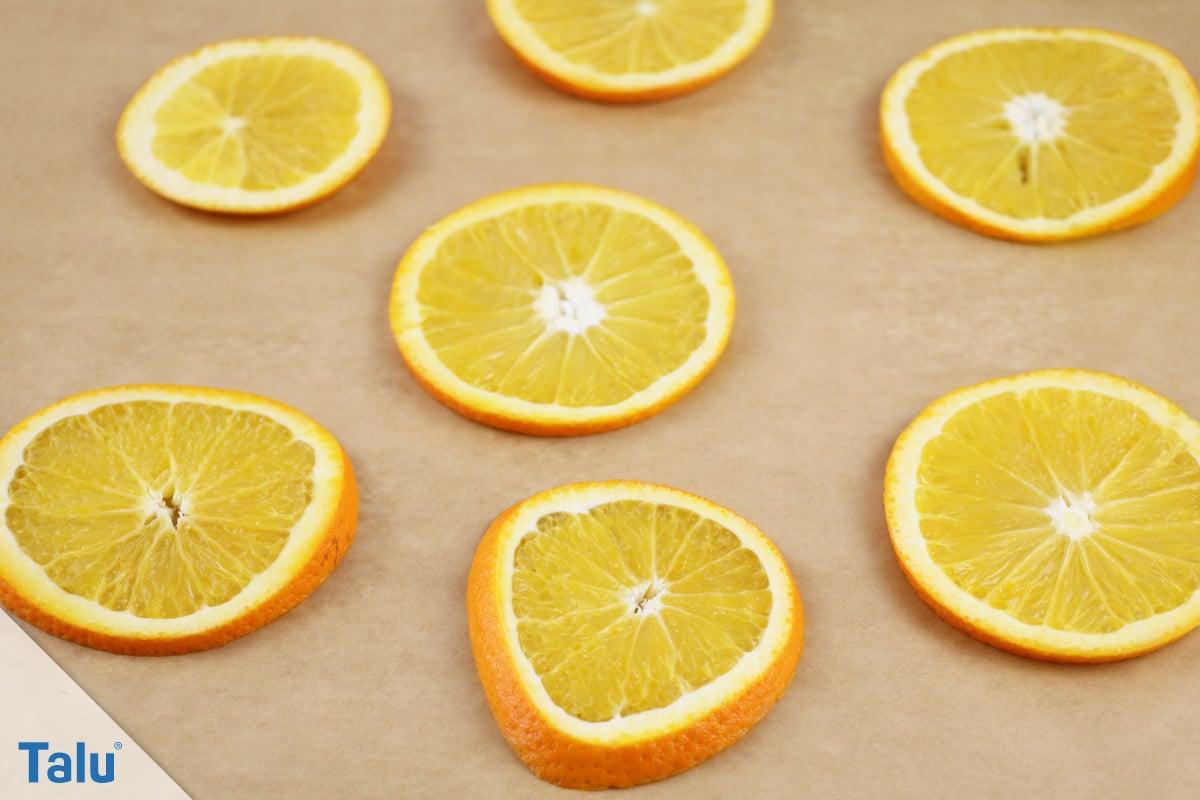 Orangenscheiben backen