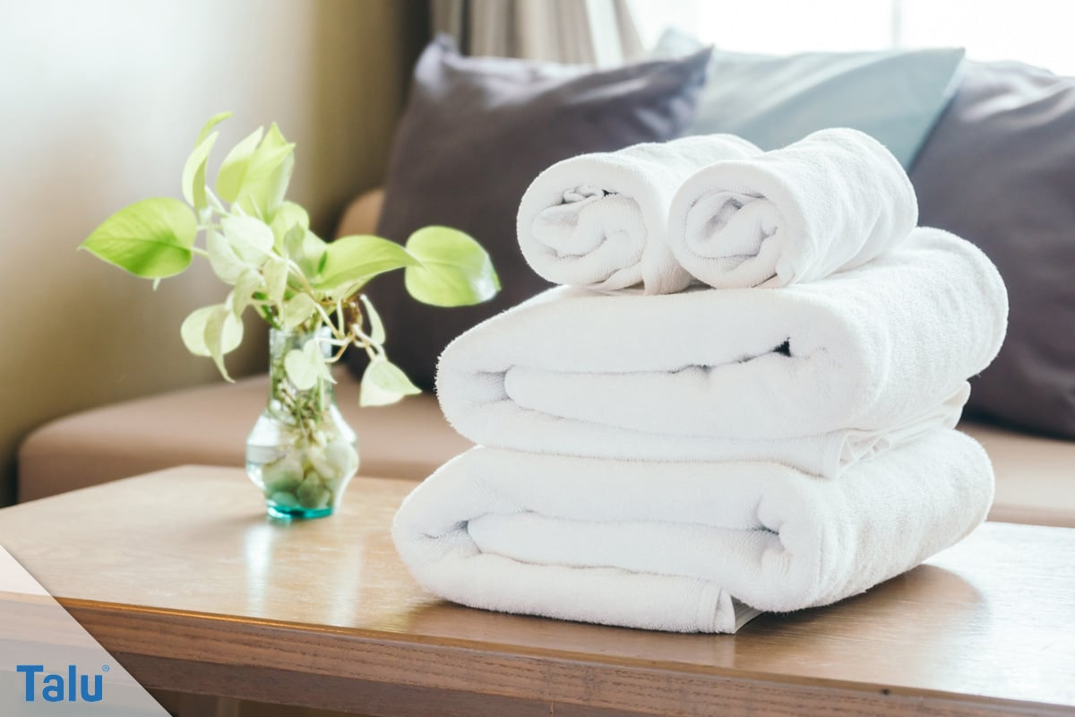 Weiße Wäsche wieder weiß bekommen, weiße Handtücher