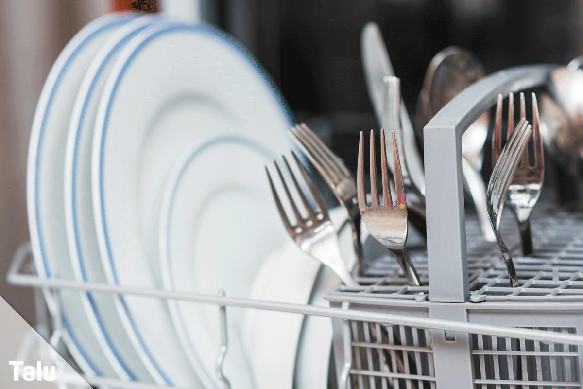 Geschirrspüler, Schlieren und Beläge, Geschirr im Geschirrspüler