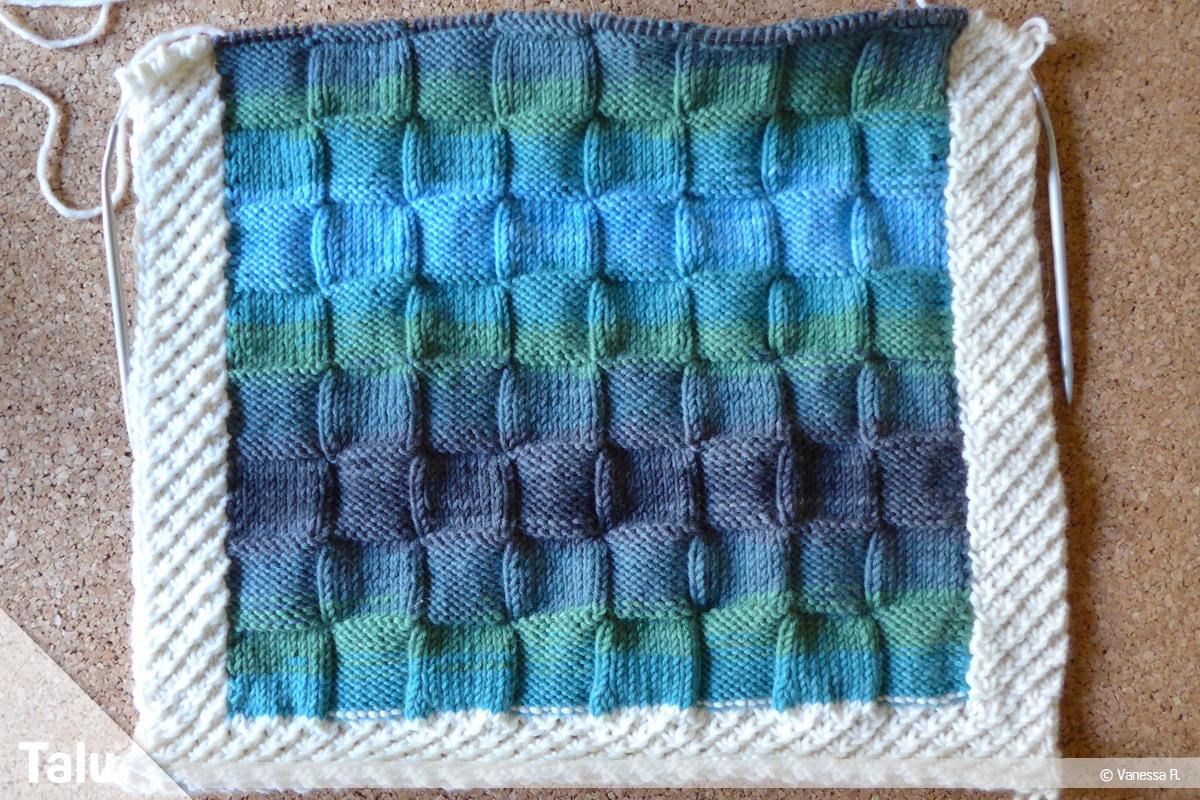 Kissenhülle stricken, Karo- und Sternchenmuster