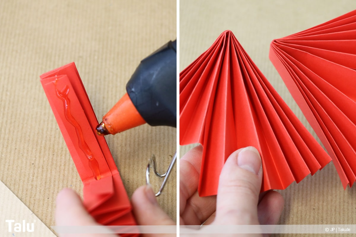 Papierengel basteln, Variante 1, Flügel am Körper festkleben