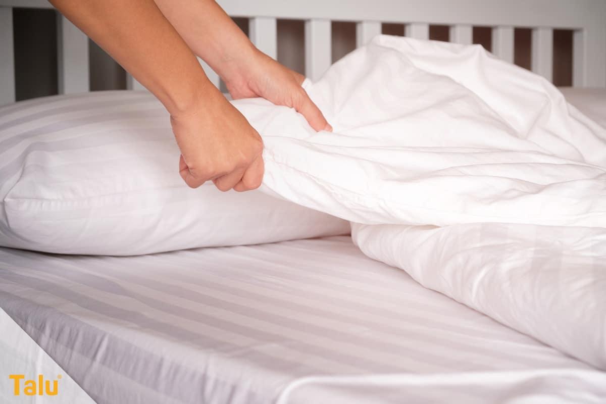 Bettwäsche wechseln, Bettzeug neu beziehen