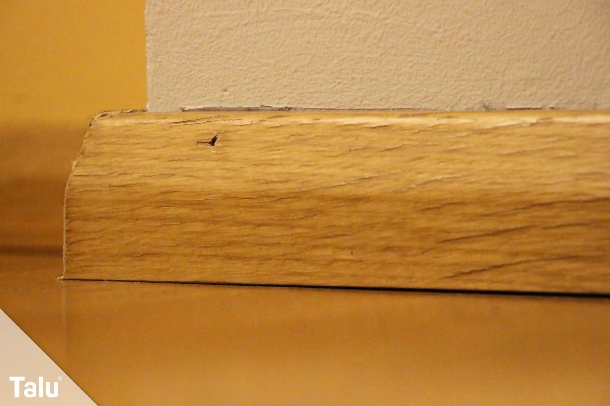Vinylboden verlegen, Sockelleiste aus Holz
