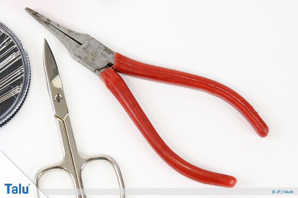 Reißverschluss-Zipper wieder einfädeln, Flachzange