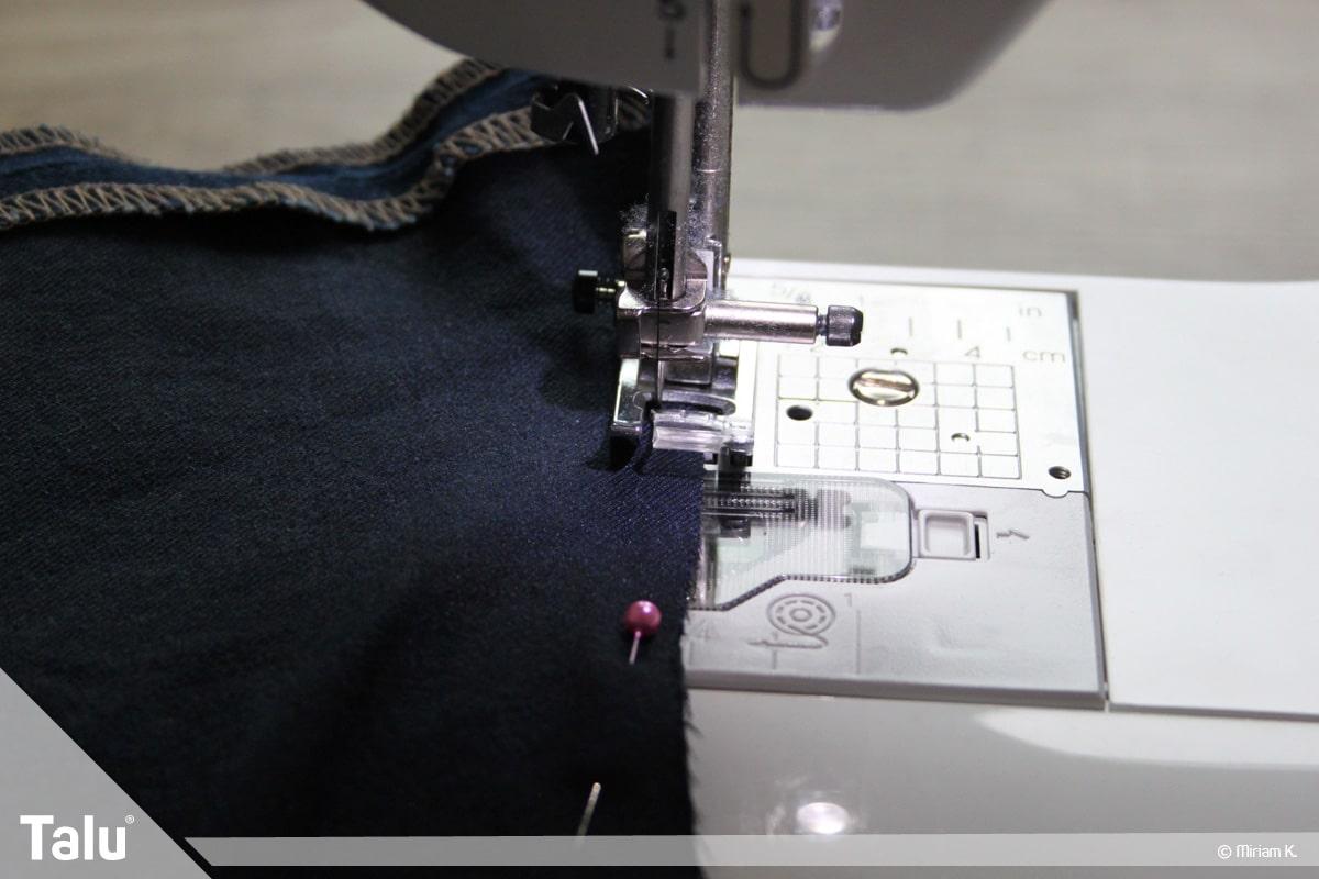 Upcycling Jeans, Tasche nähen, untere Öffnung zunähen