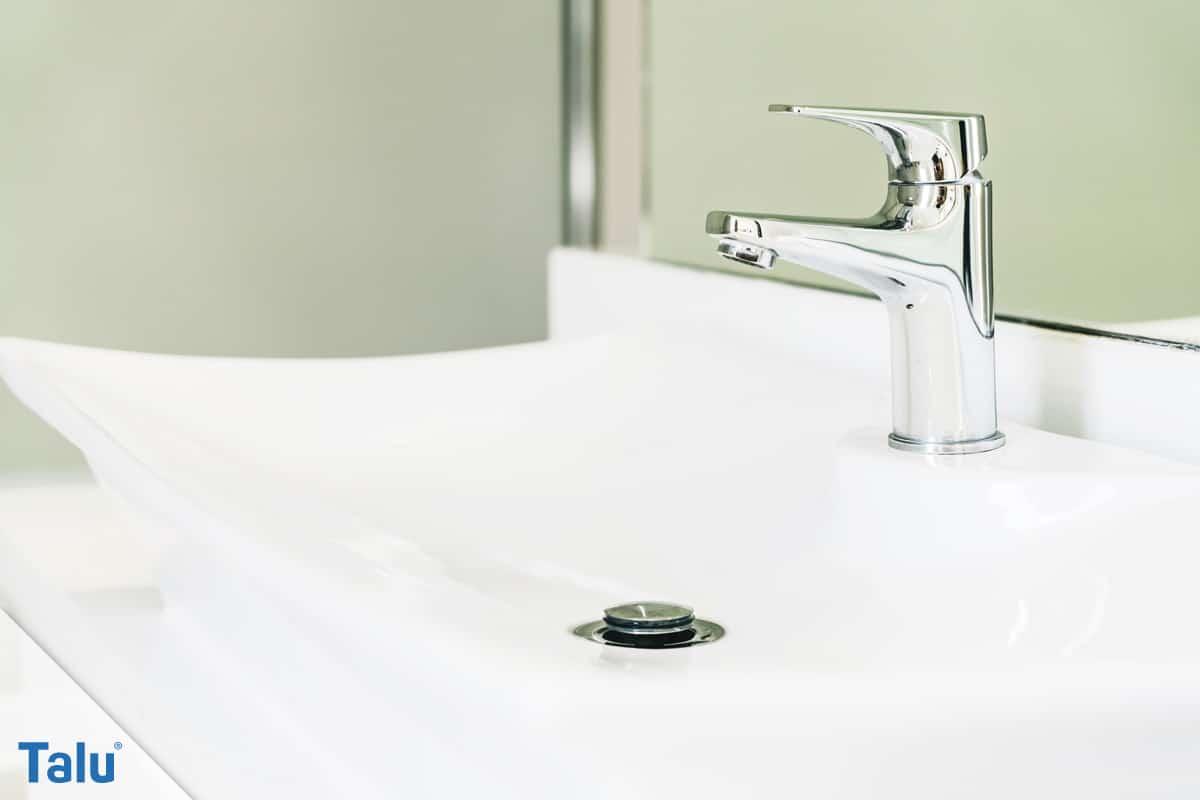 Waschbecken montieren, die ideale Höhe einstellen