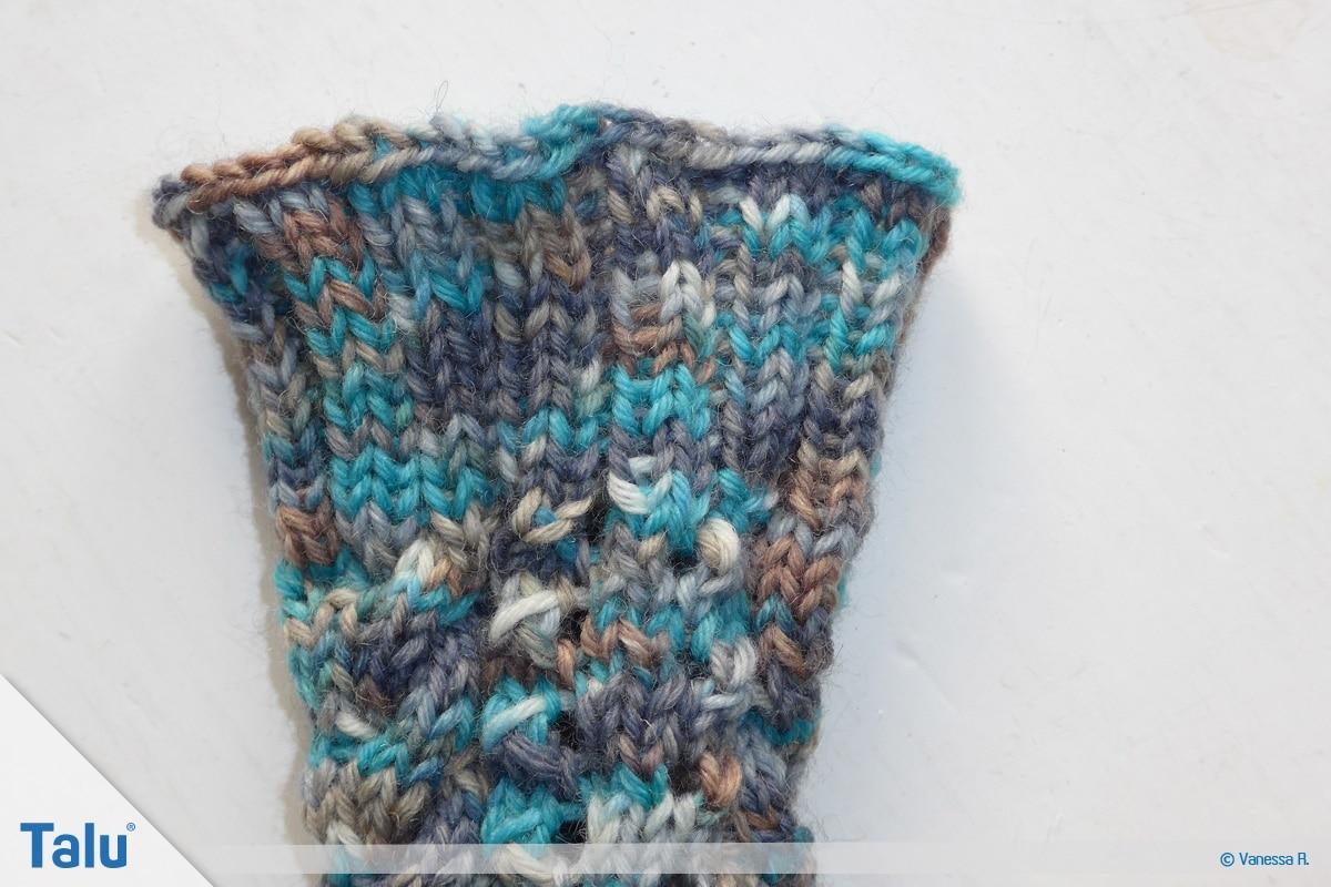 Socken mit Muster stricken, Bündchen stricken