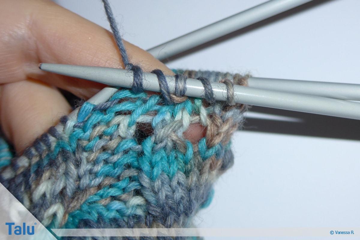Socken mit Muster stricken, Maschen abstricken