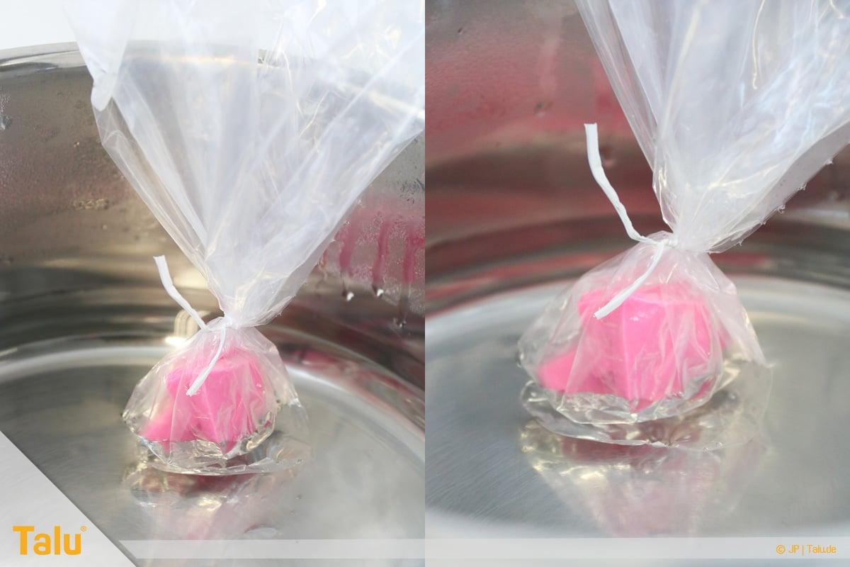 Trockenes FIMO wieder weich machen, FIMO-Knete im warmen Wasserbad