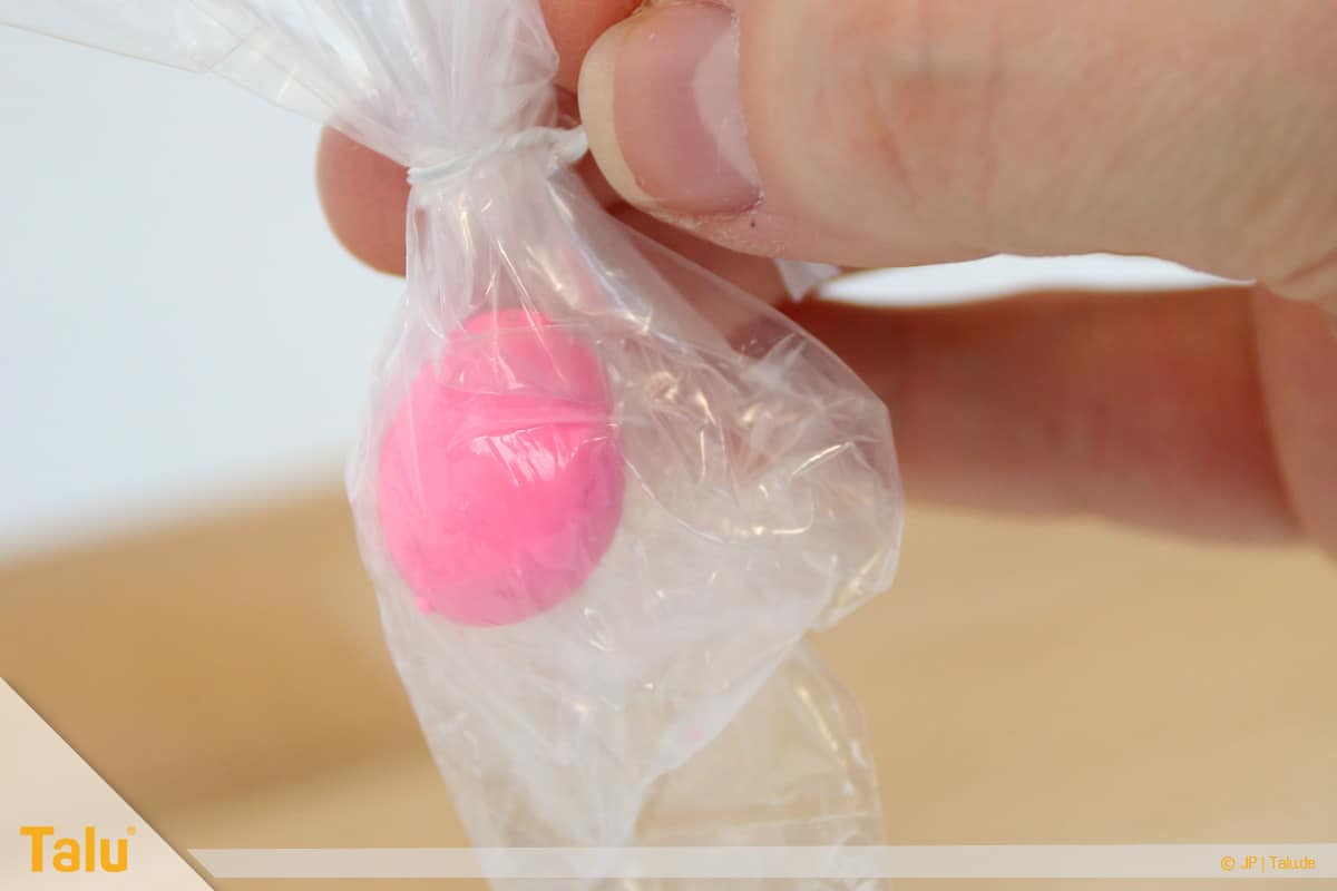 Trockenes FIMO wieder weich machen, FIMO-Knete in Tüte aufbewahren
