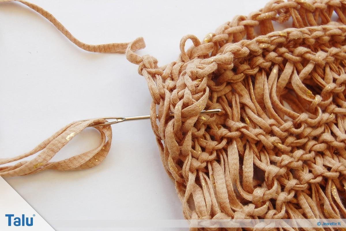 Fallmaschen stricken, Loop stricken, das Zusammennähen