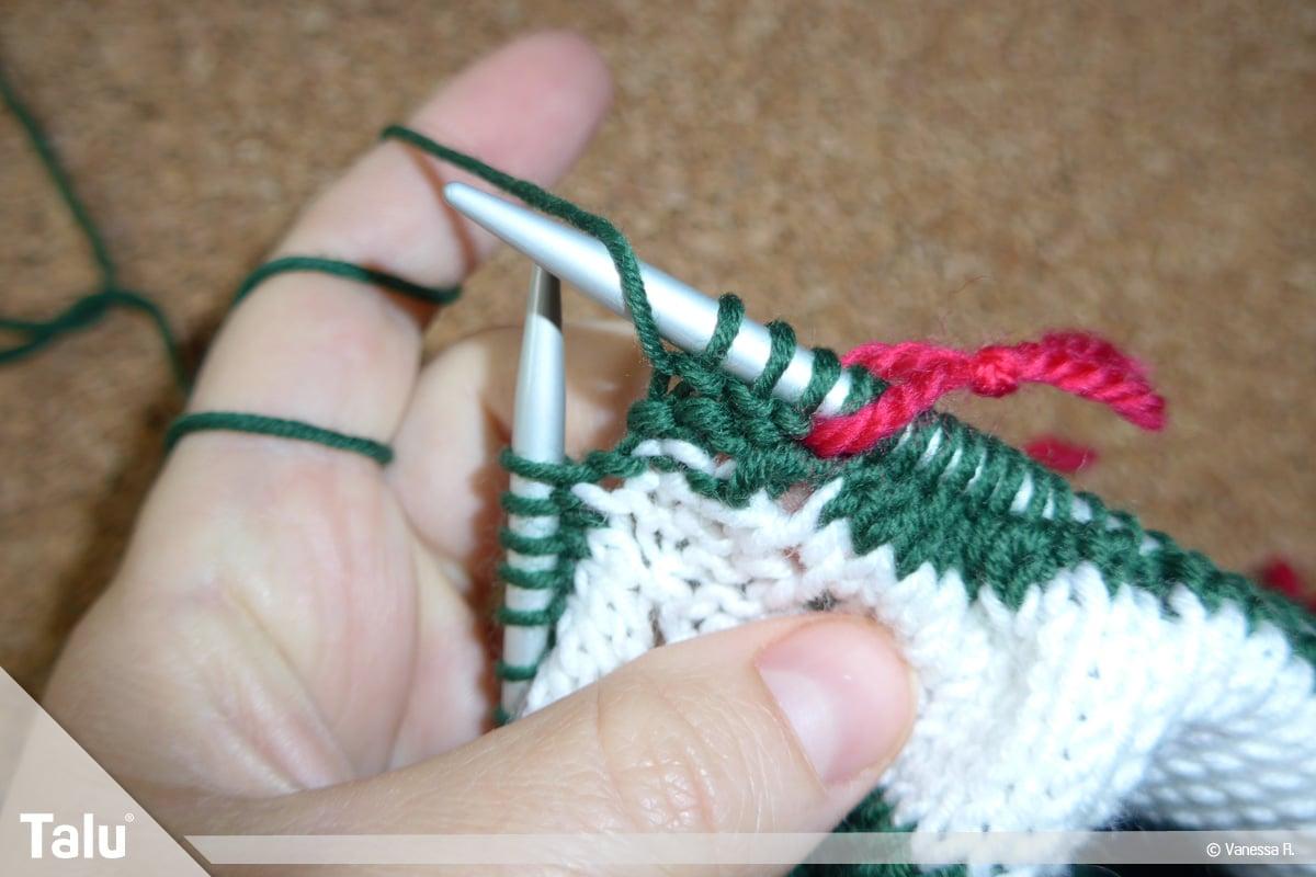 Raglan von oben stricken, Markierung auf der Strickarbeit