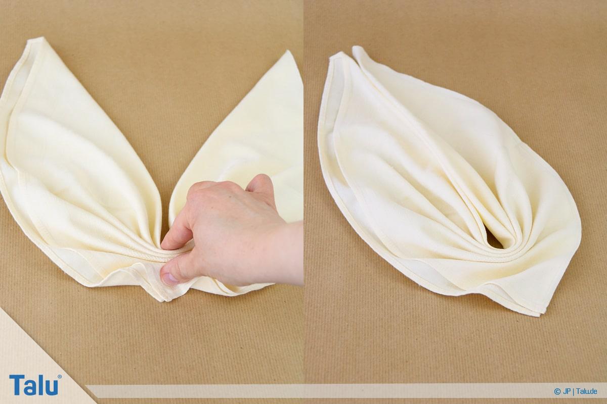 Stoffservietten falten, Blatt, Blattform entsteht