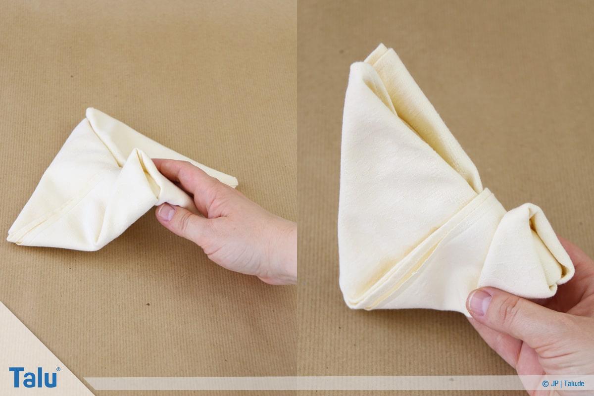 Stoffservietten falten, Häschen entsteht