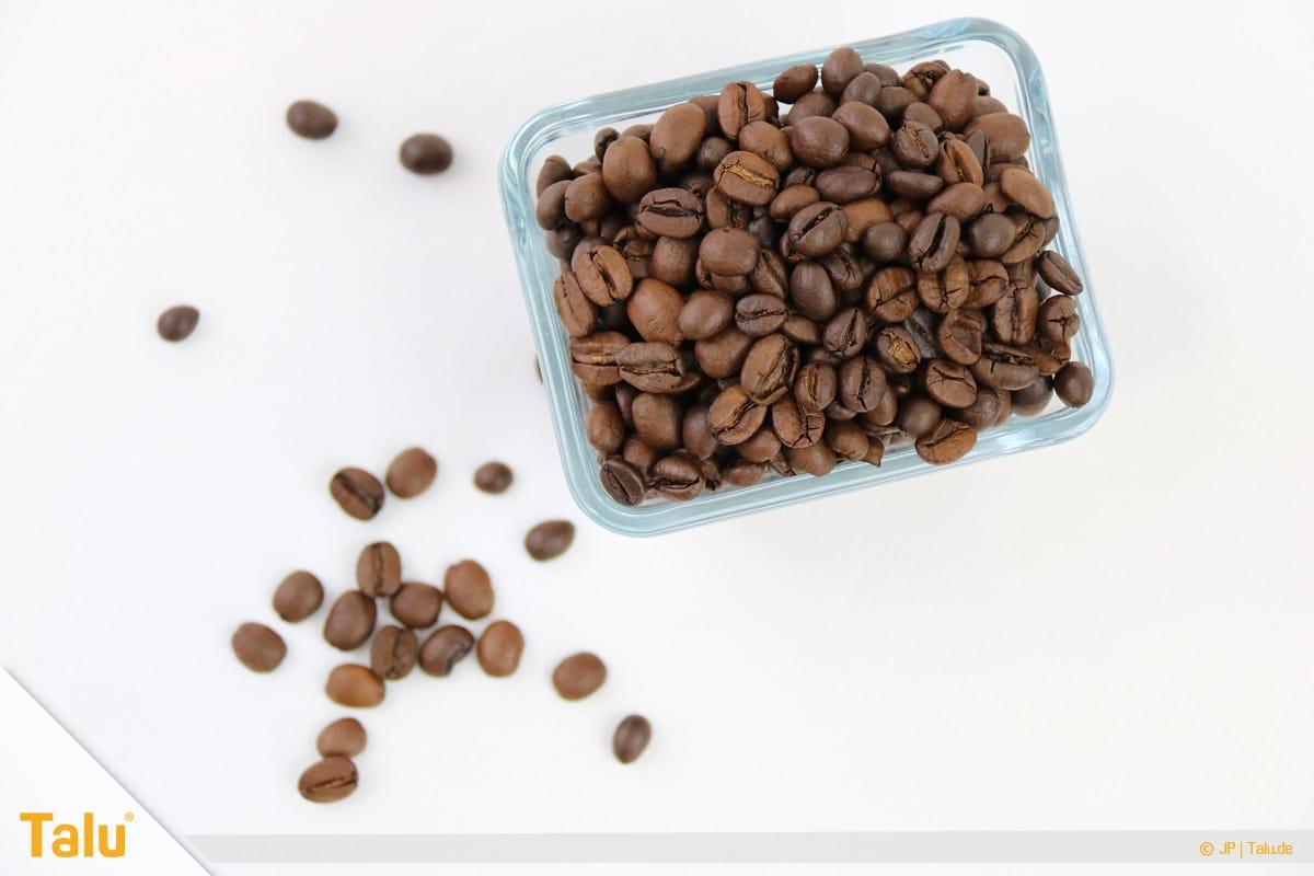 Kaffeegeruch aus Thermoskanne entfernen, Kaffeebohnen