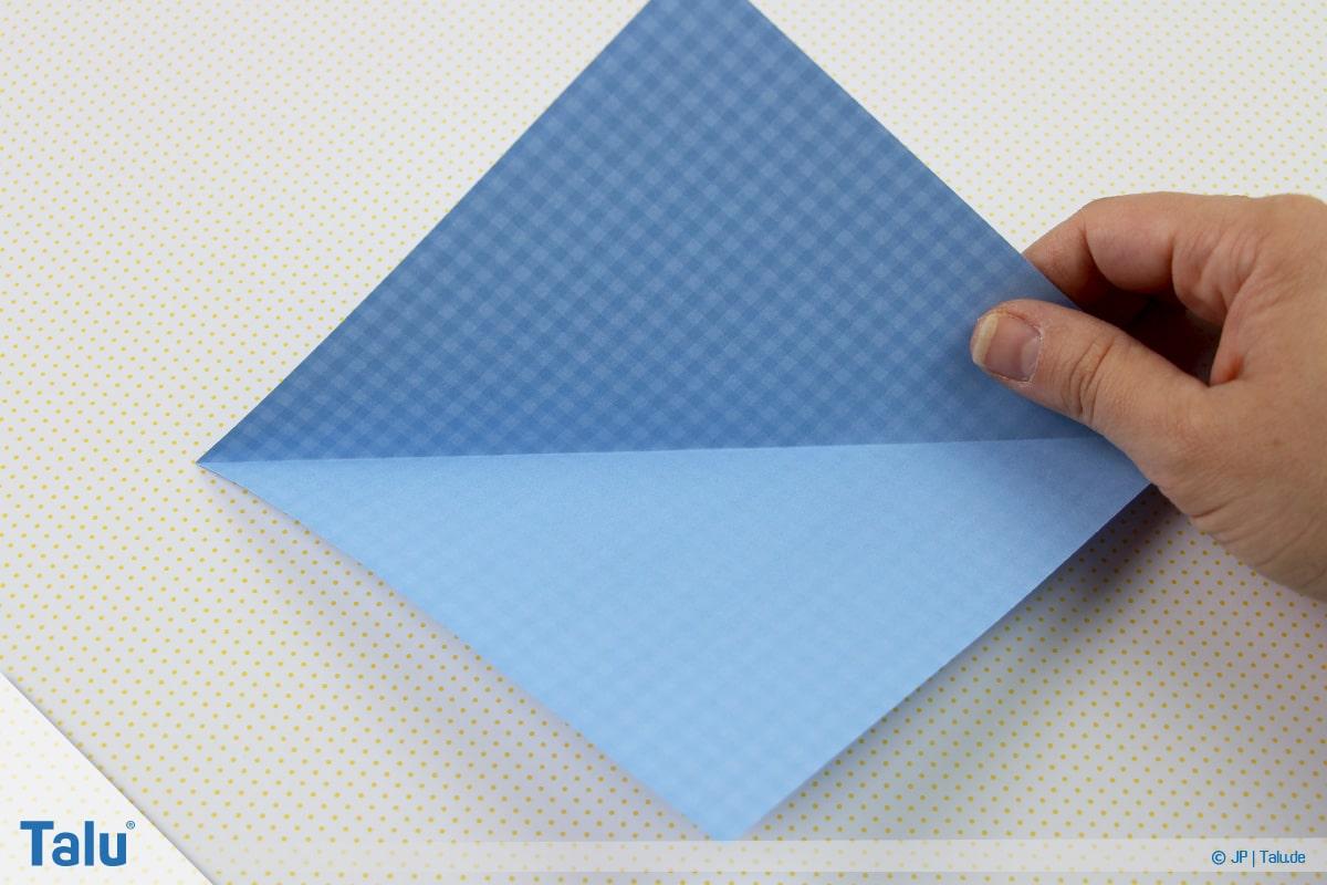 Origami Boot, Schiff basteln, erstes Schiffchen, Faltung aufklappen