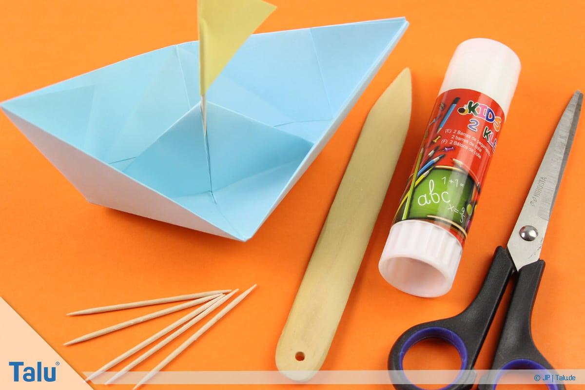 Origami Boot, Schiff basteln, drittes Schiffchen, Material