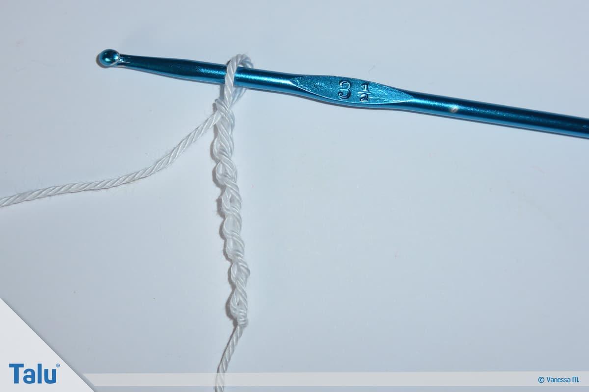 Banju Kissen häkeln, Anleitung Häkelkissen, Beginn