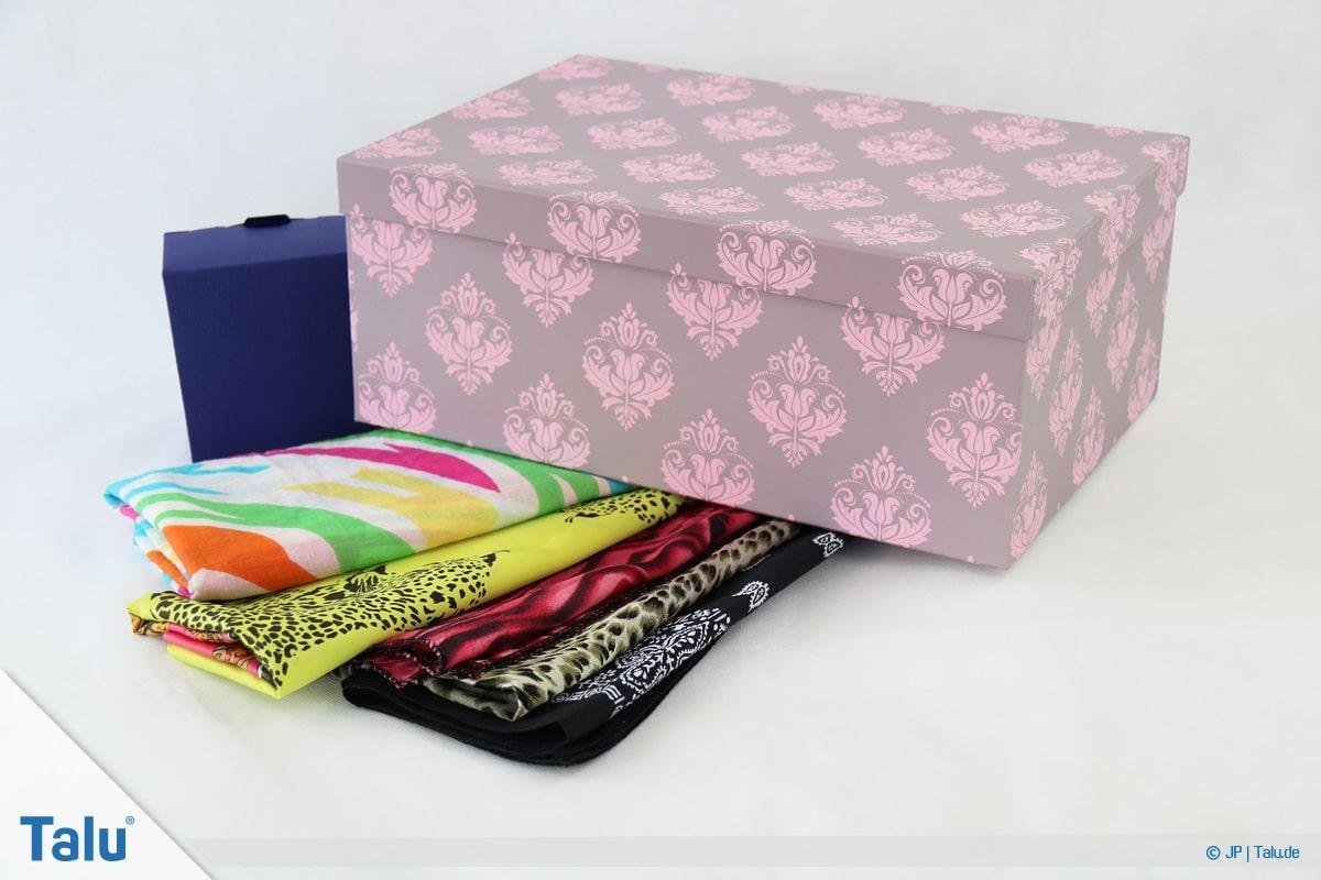 Furoshiki, Geschenke mit Stoff, Tüchern verpacken, Tücher und Geschenke zum Einpacken