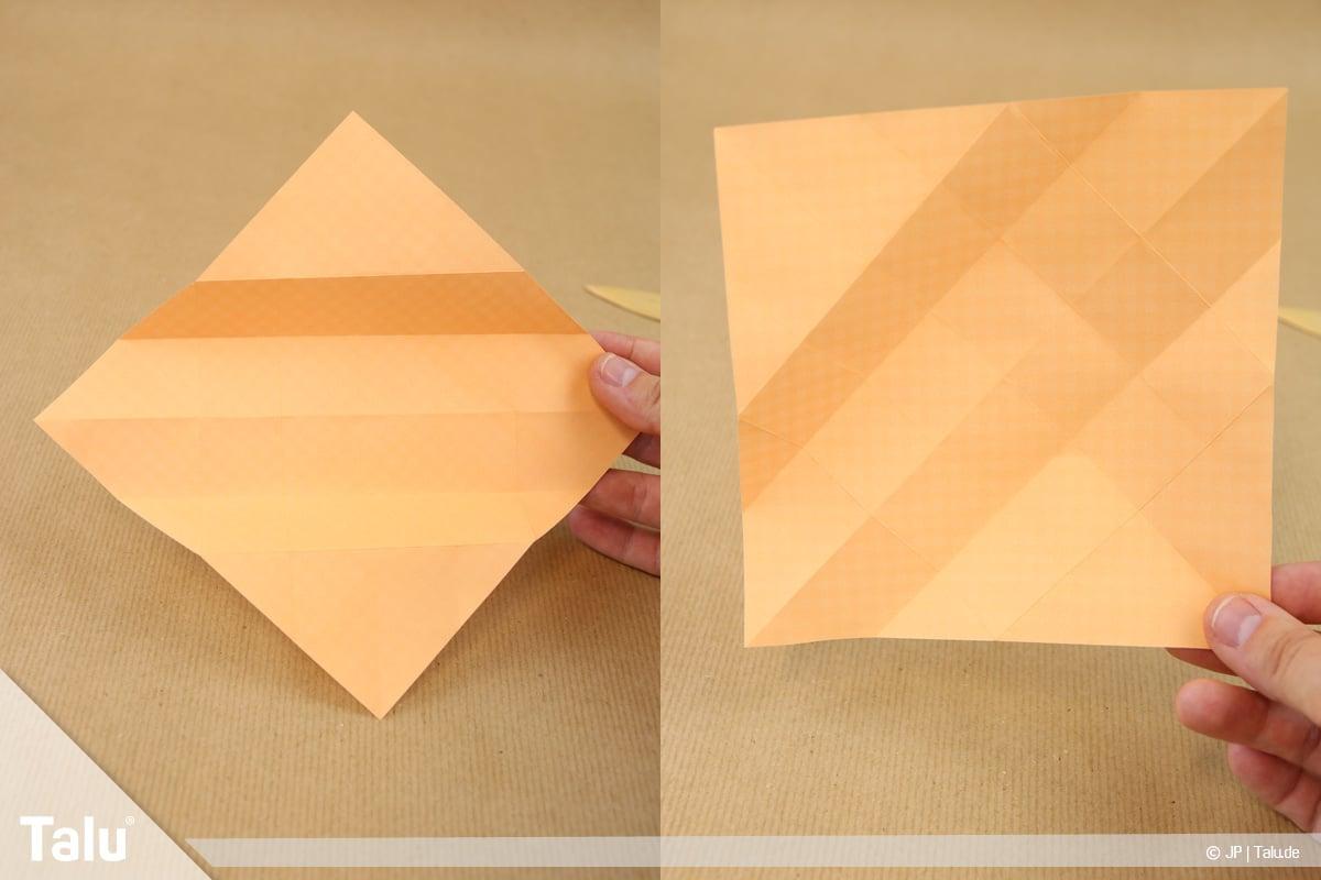 Haus aus Papier basteln, Papierhaus falten, gefaltetes Gitter entsteht