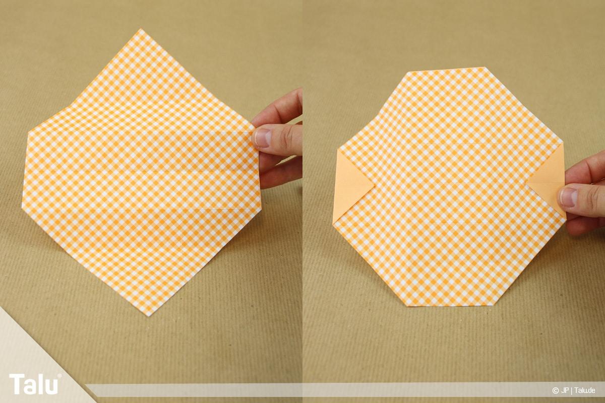 Haus aus Papier basteln, Papierhaus falten, wenden und wieder Dreiecke nach innen falten