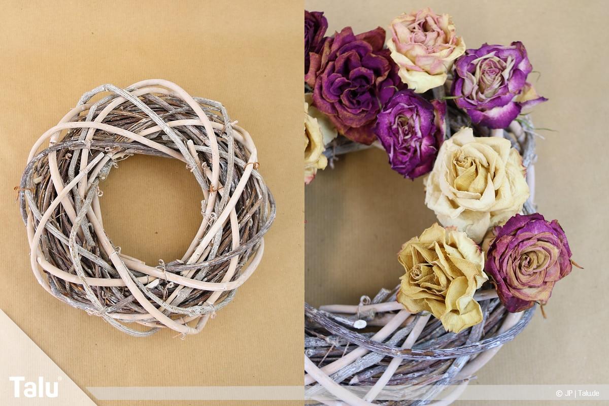 Herbstkranz selber basteln, Anleitung, Rosenkranz, Weidenring und getrocknete Rosen