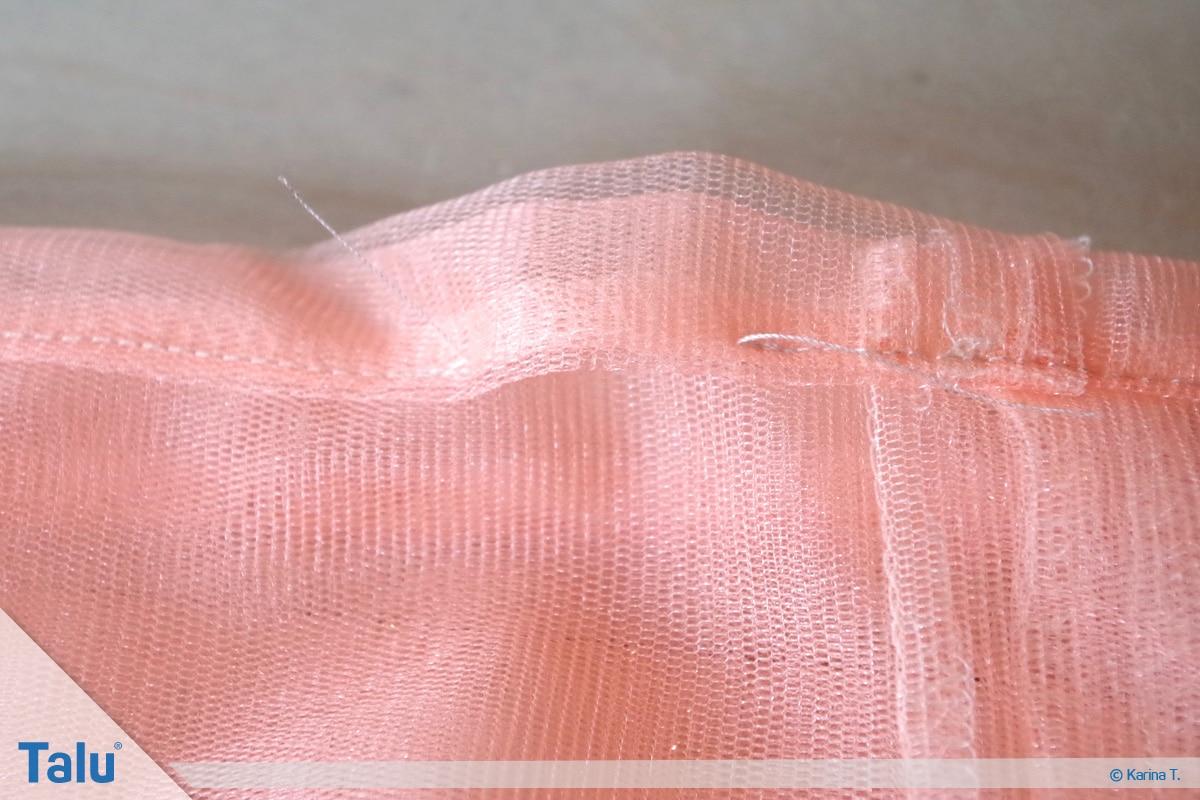 Tutu-Kleid/Rock selber machen, Anleitung, Öffnung für Gummiband-Einfädelung